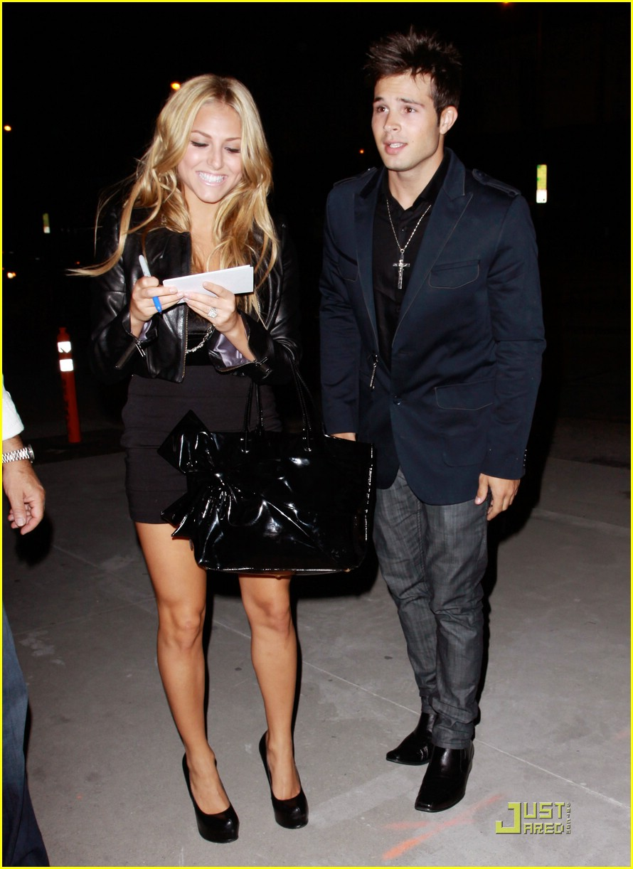 cassie scerbo boa steakhouse 06