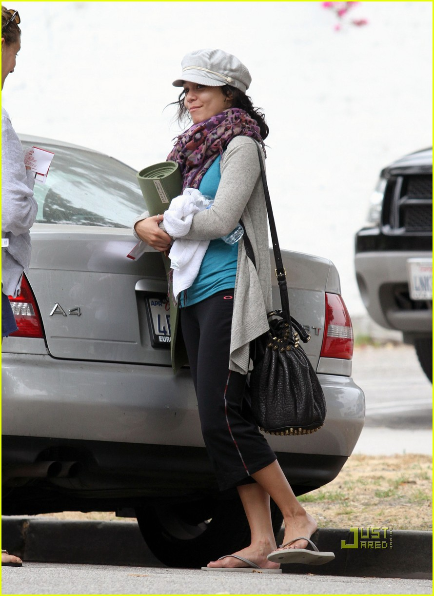 vanessa hudgens yoga ticket 01