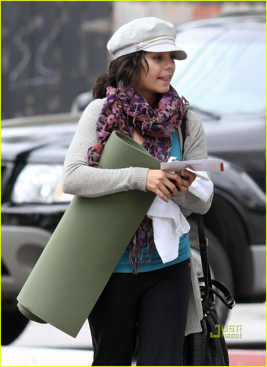 vanessa hudgens yoga ticket 06