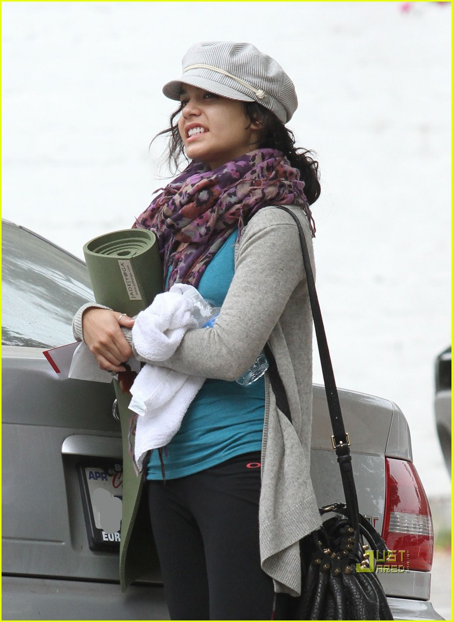 vanessa hudgens yoga ticket 16