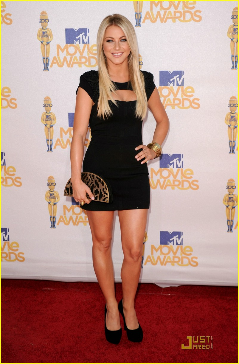 julianne hough mtv awards 03