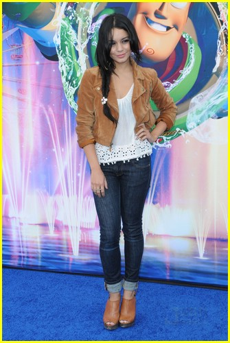 vanessa hudgens world color 02
