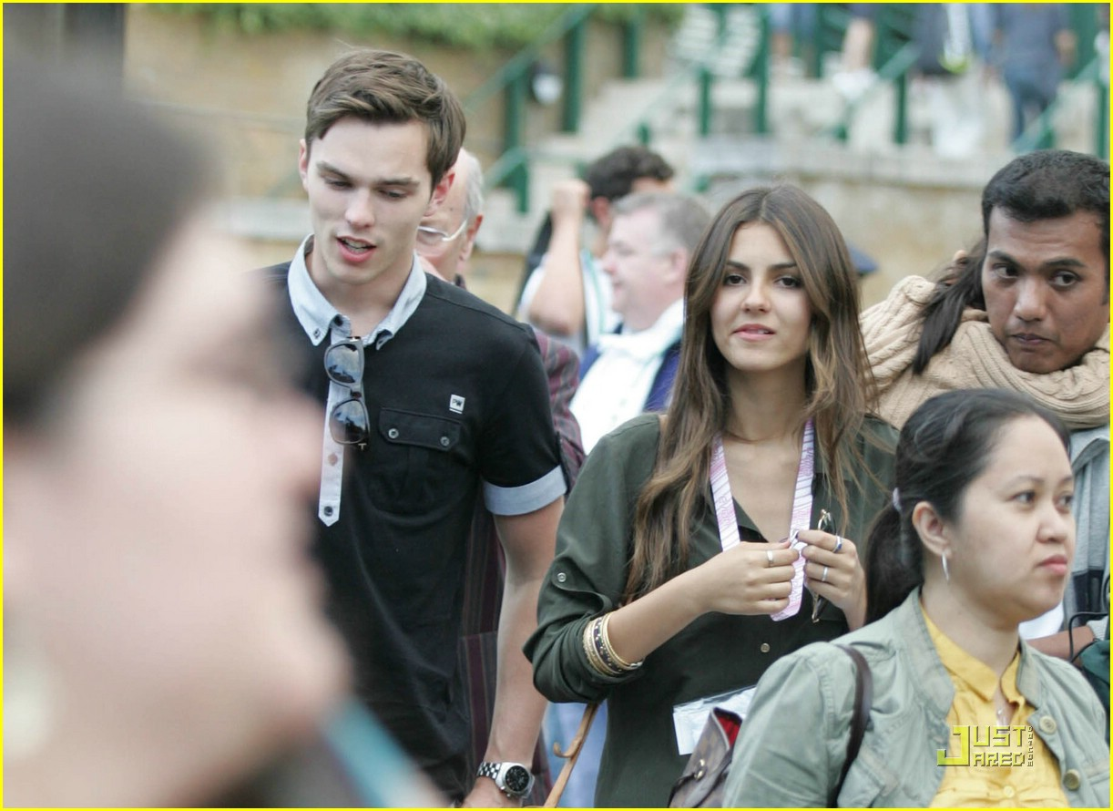 victoria justice nicholas hoult wimbledon 03