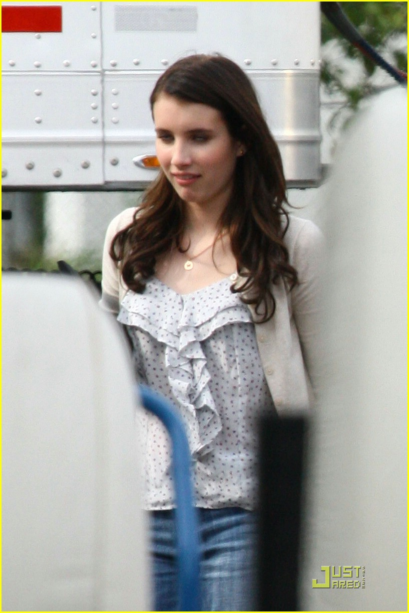 emma roberts scream set 02