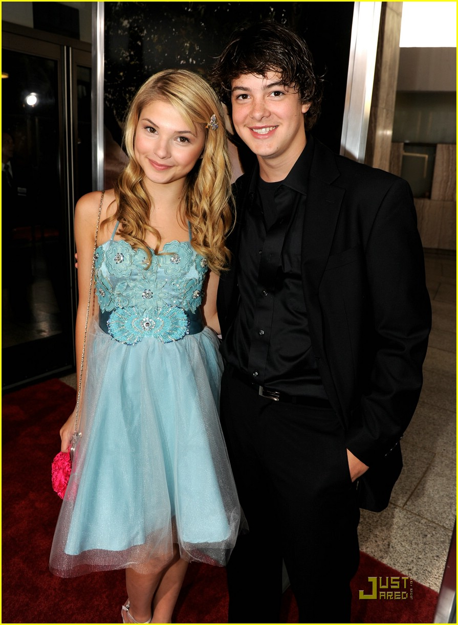 stefanie scott michael bolten flipped 21