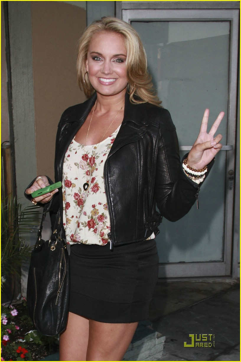 tiffany thornton savvy party 01