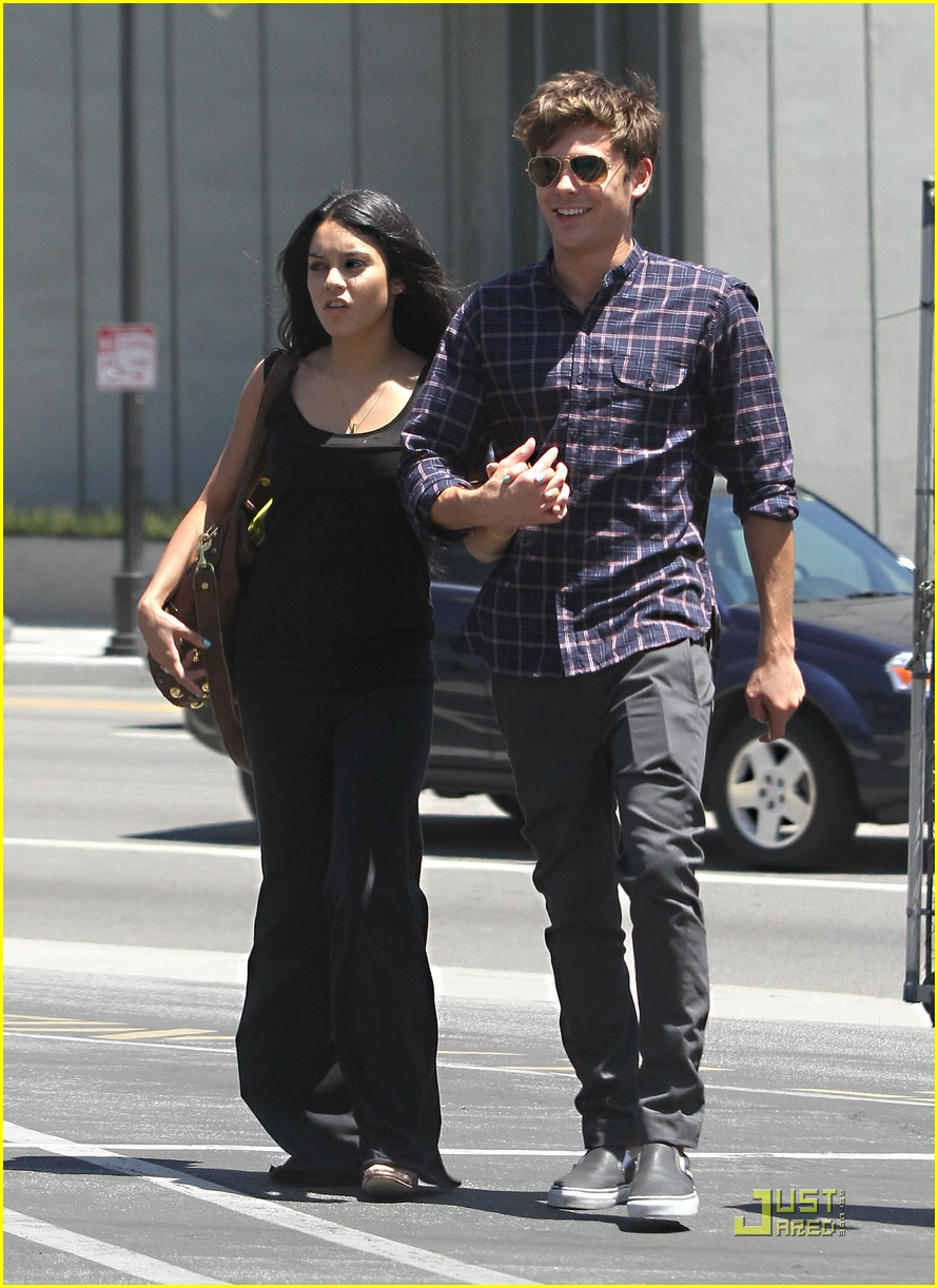 vanessa hudgens relationship with zac efron