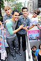 Btr-nyc big time rush tour bus 01