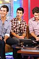 Jonas-fox jonas brothers fox friends 12