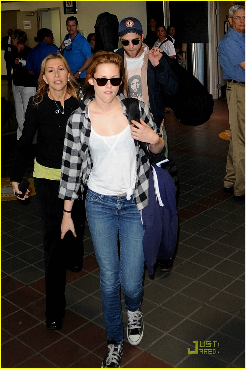 robert pattinson kristen stewart lax 05