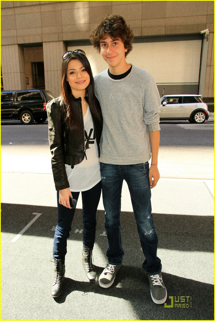 miranda cosgrove today show 02