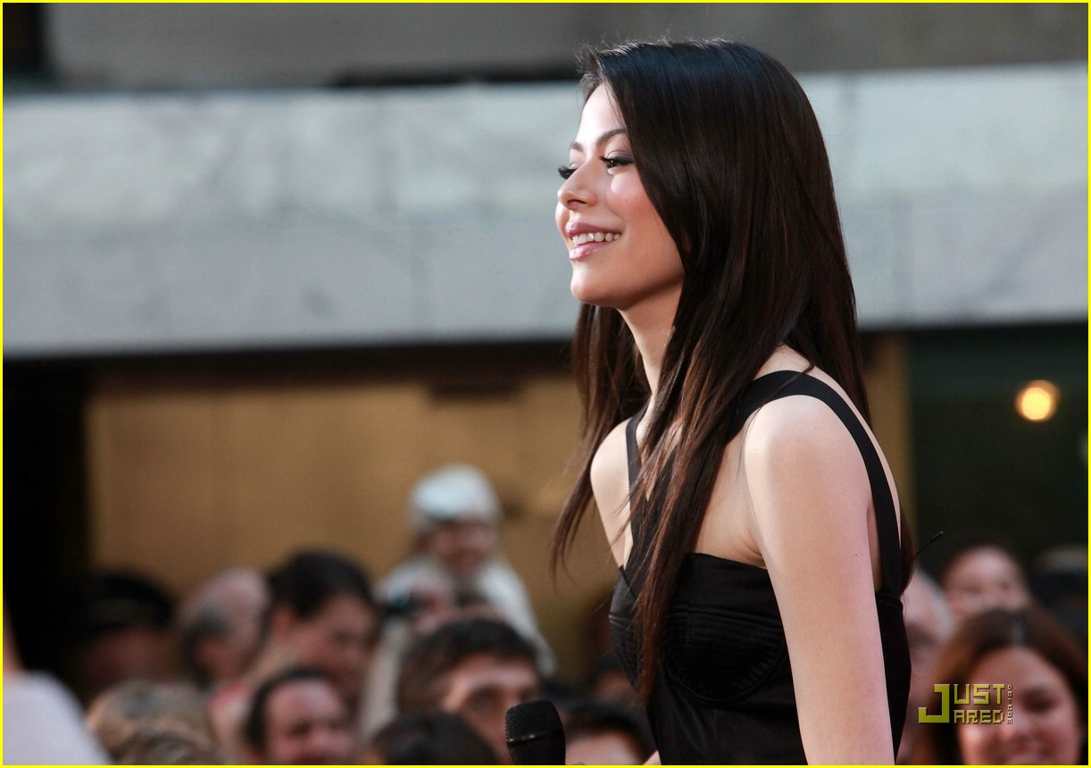 miranda cosgrove today show 14