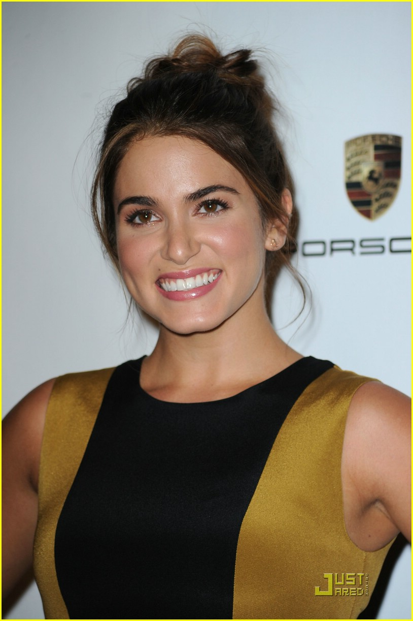 nikki reed pink party 01