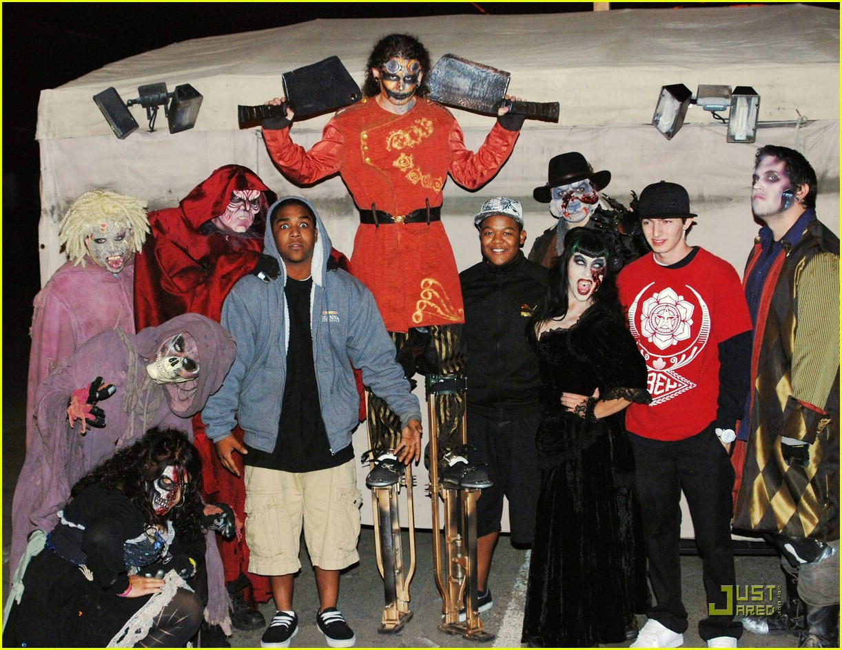 kyle chris massey scary farm 03