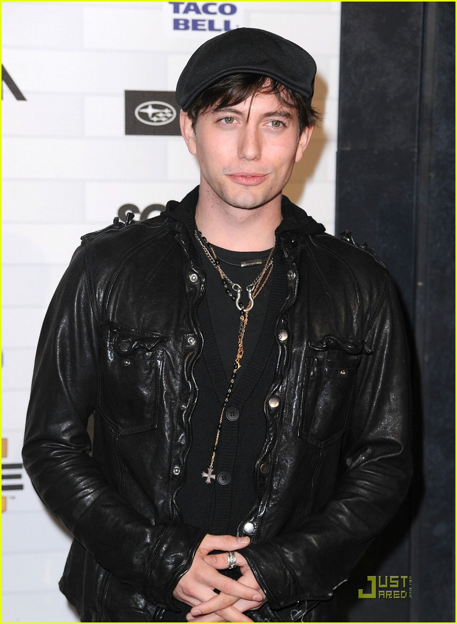 jackson rathbone nikki reed scream awards 23
