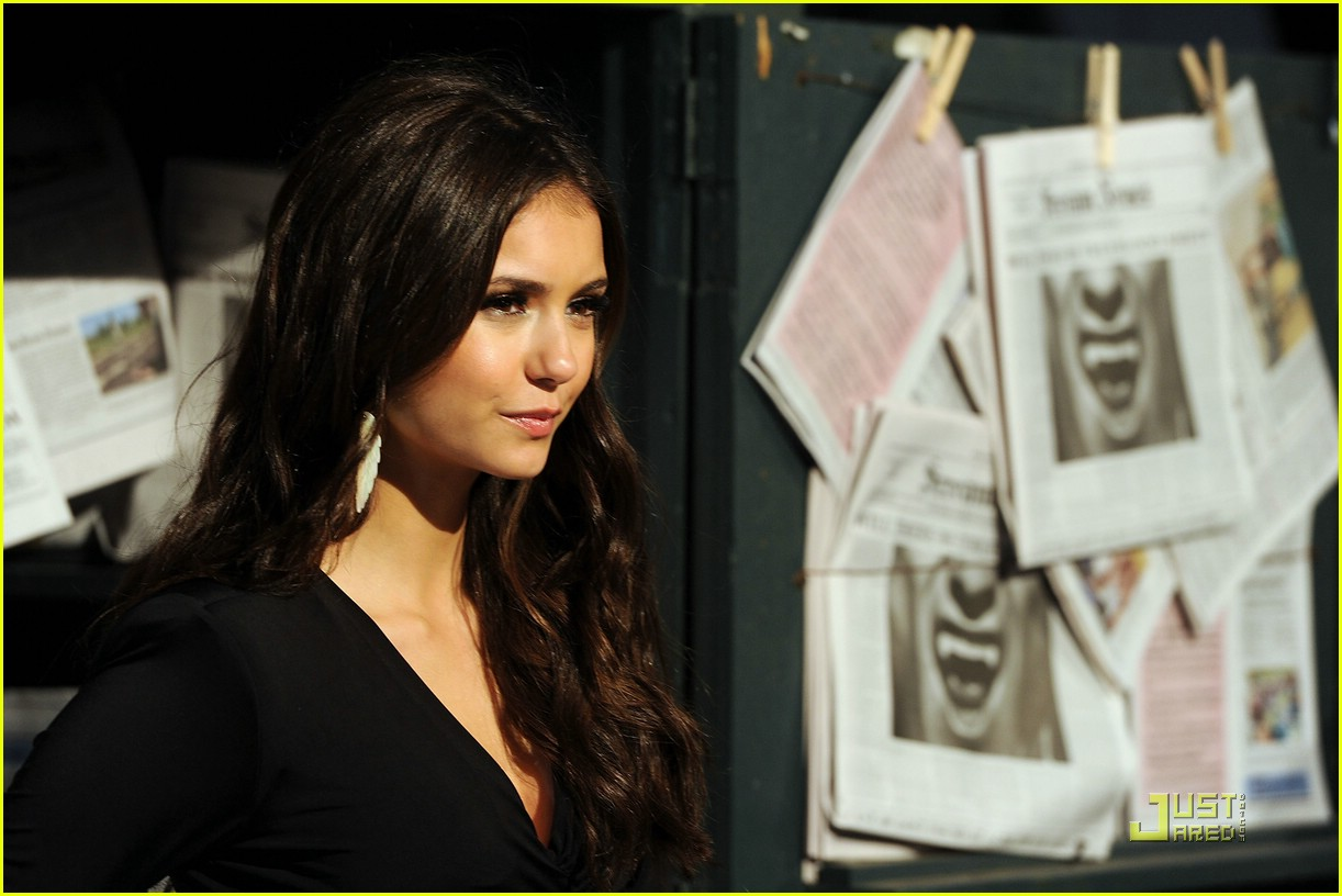 nina dobrev scream awards 15