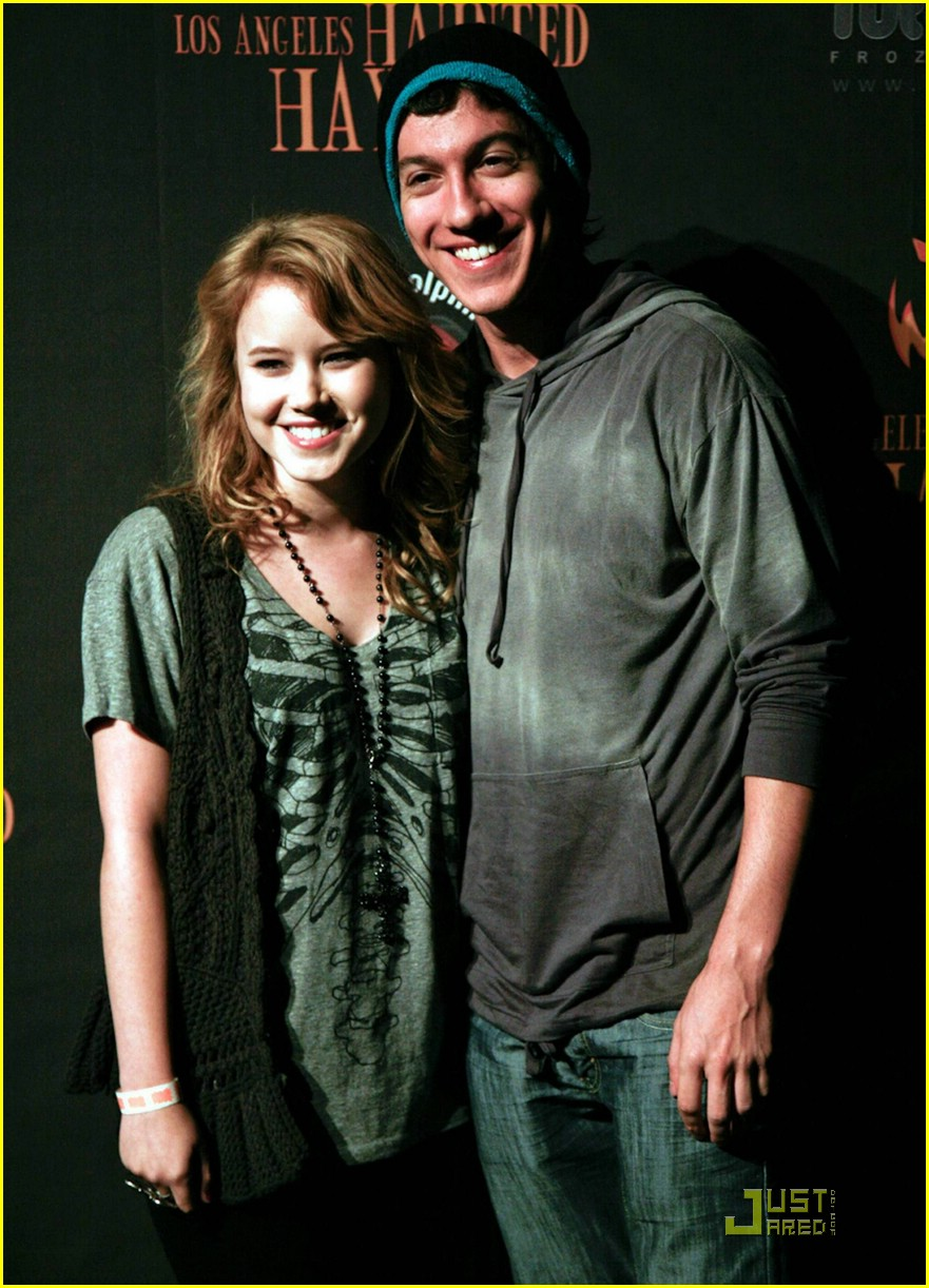 taylor spreitler jared kusnitz haunted 04