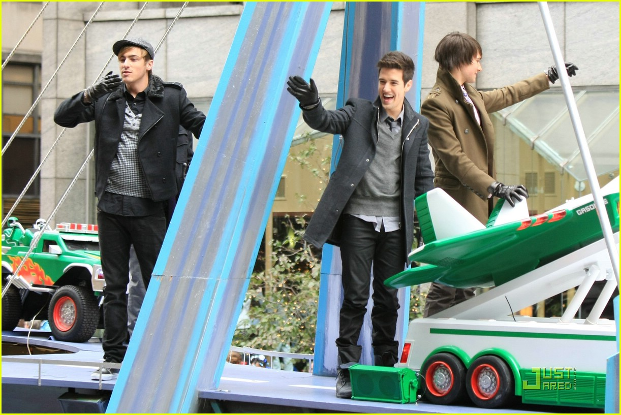 big time rush macys parade 08