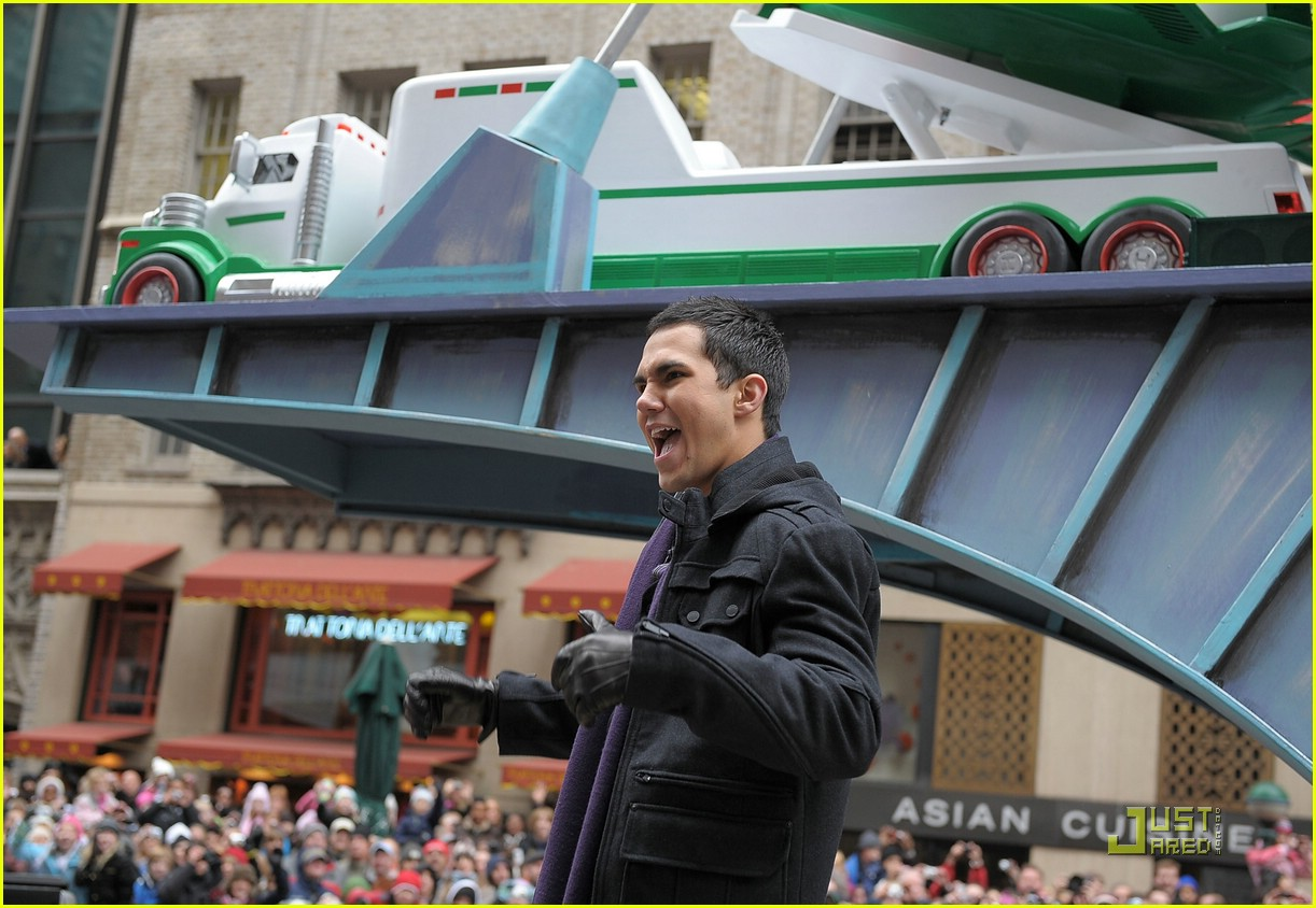 big time rush macys parade 13