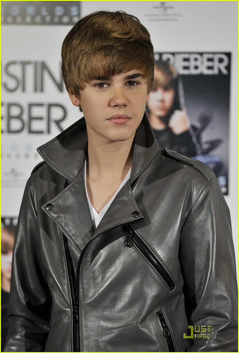 justin bieber madrid gold record 07