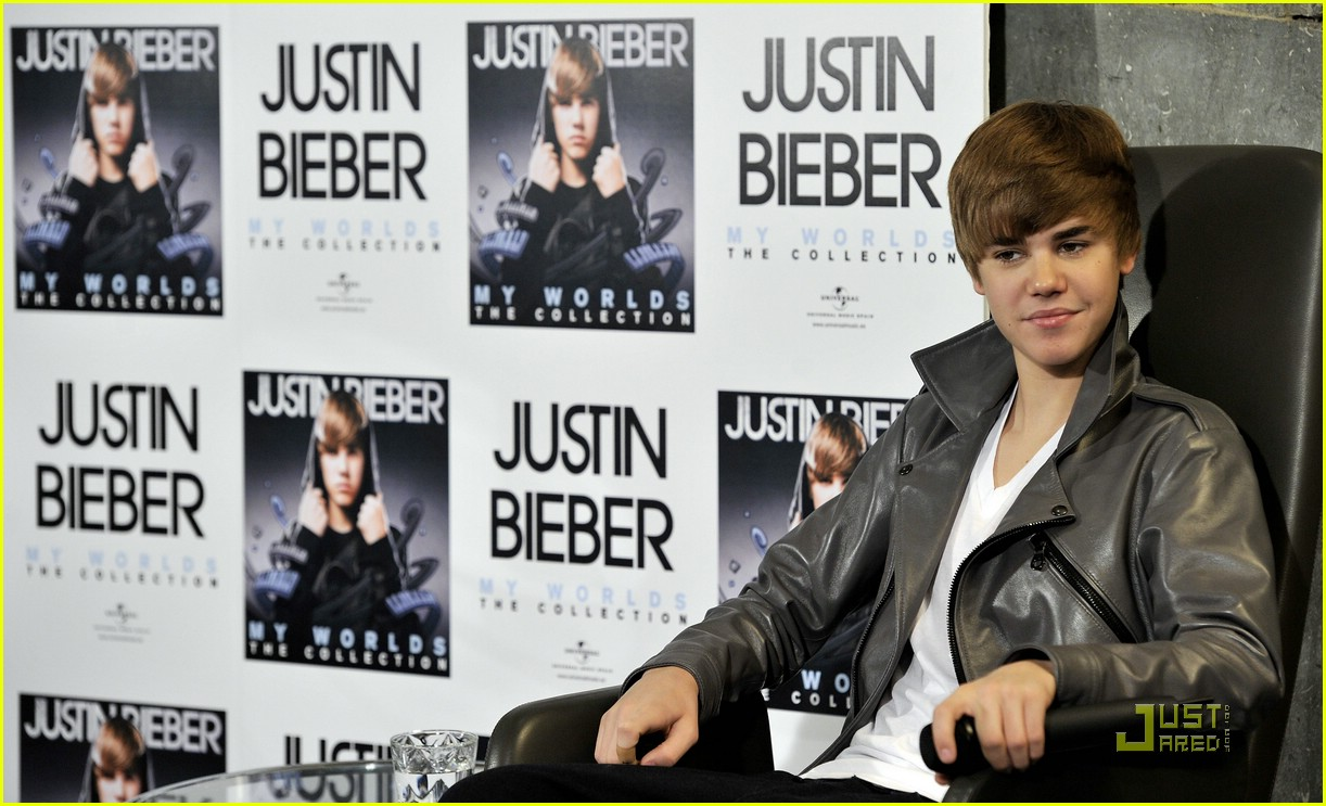 justin bieber madrid gold record 08
