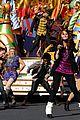 Debby-santapaws debby ryan parade pics 02