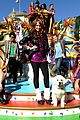 Debby-santapaws debby ryan parade pics 04