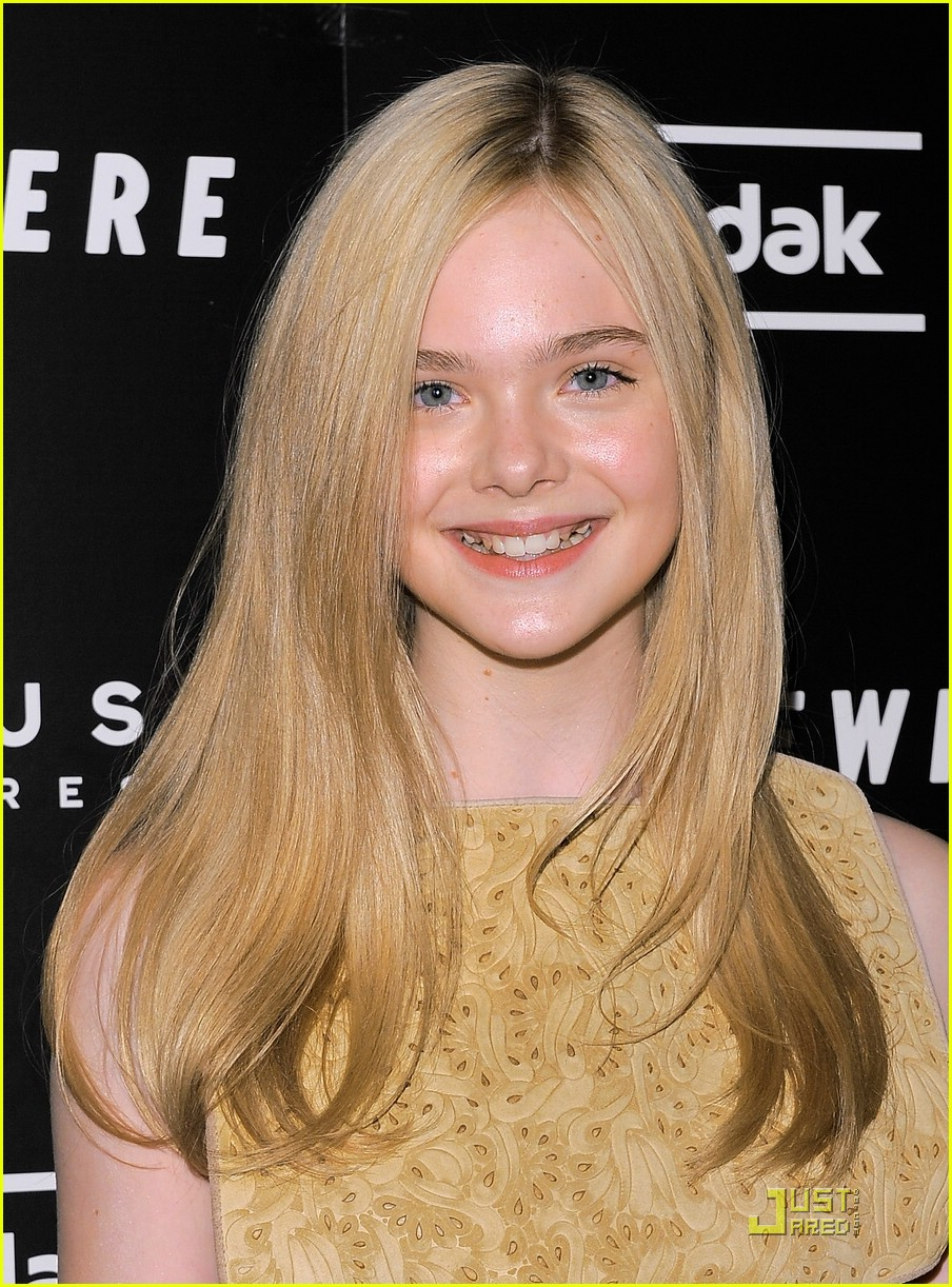 elle fanning somewhere nyc 09