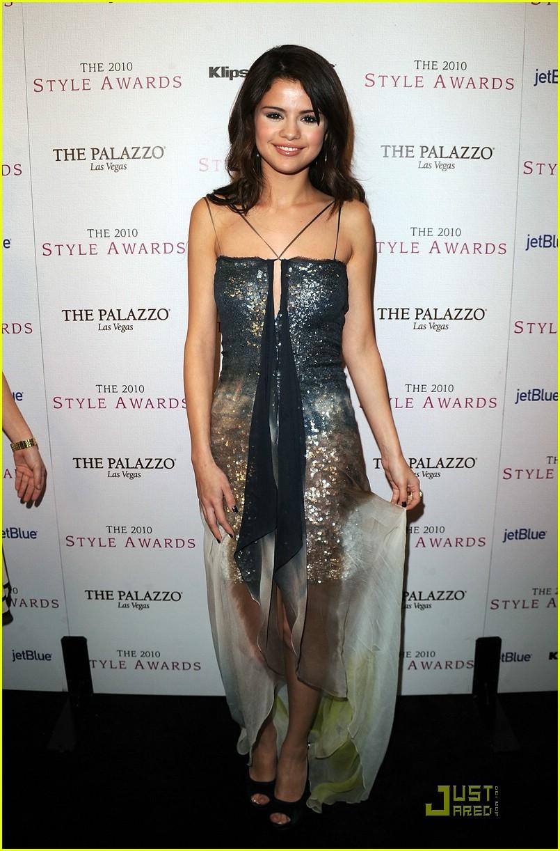 Selena Gomez Style Awards Shimmering Photo 397518 Photo Gallery Just Jared Jr