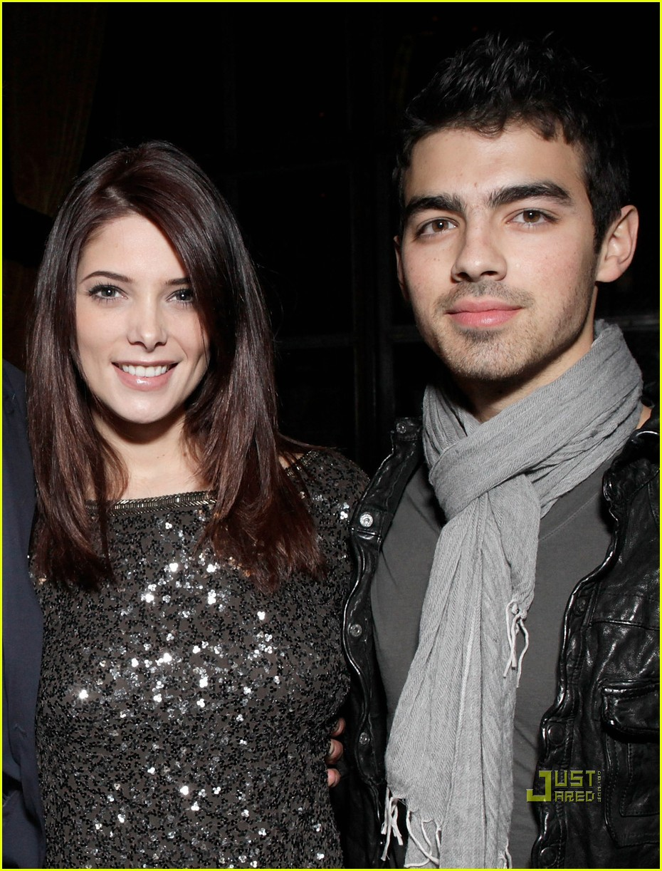 joe jonas ashley greene meskada 02