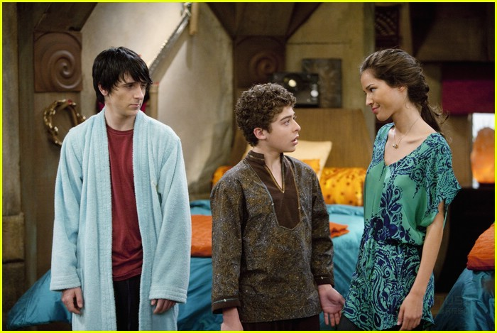 mitchel musso sings pair kings 06