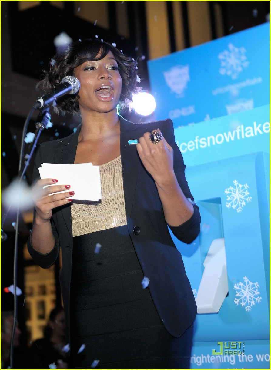 monique coleman snow90210 unicef 02