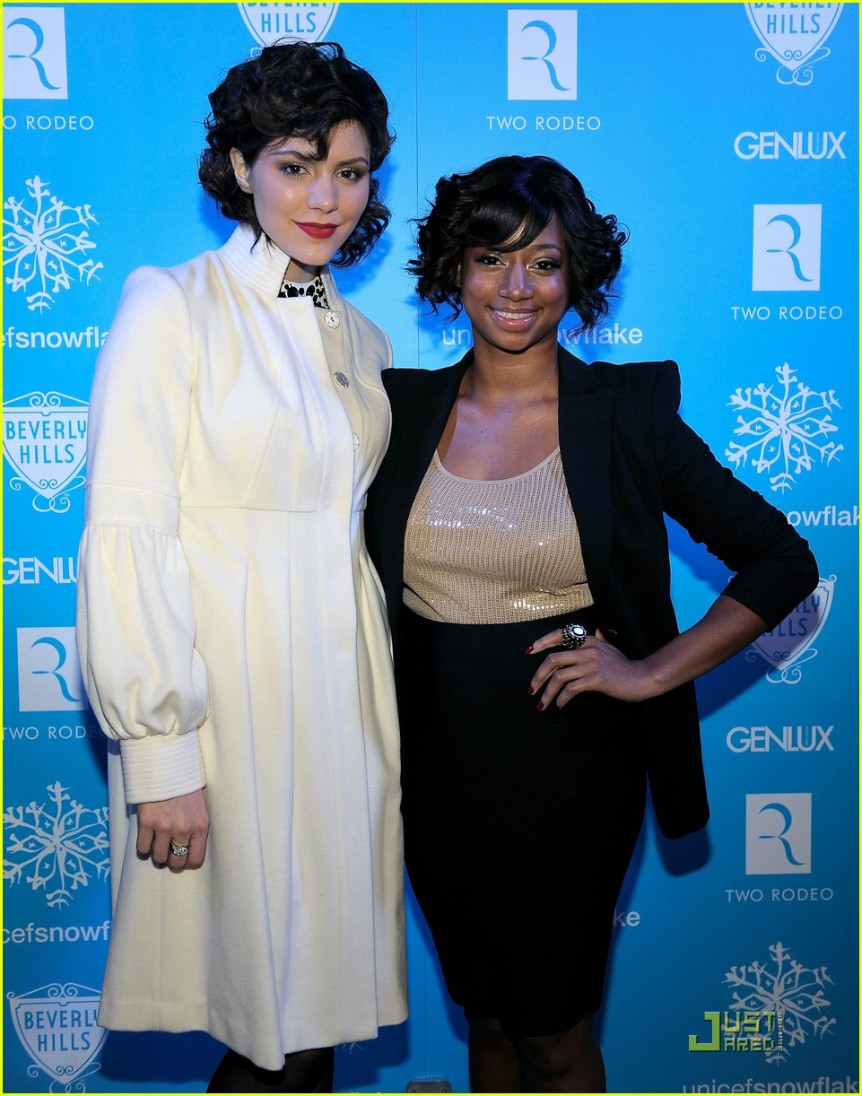 monique coleman snow90210 unicef 14
