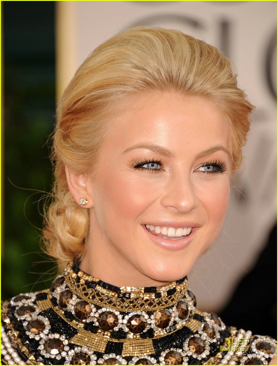 julianne hough golden globes 10