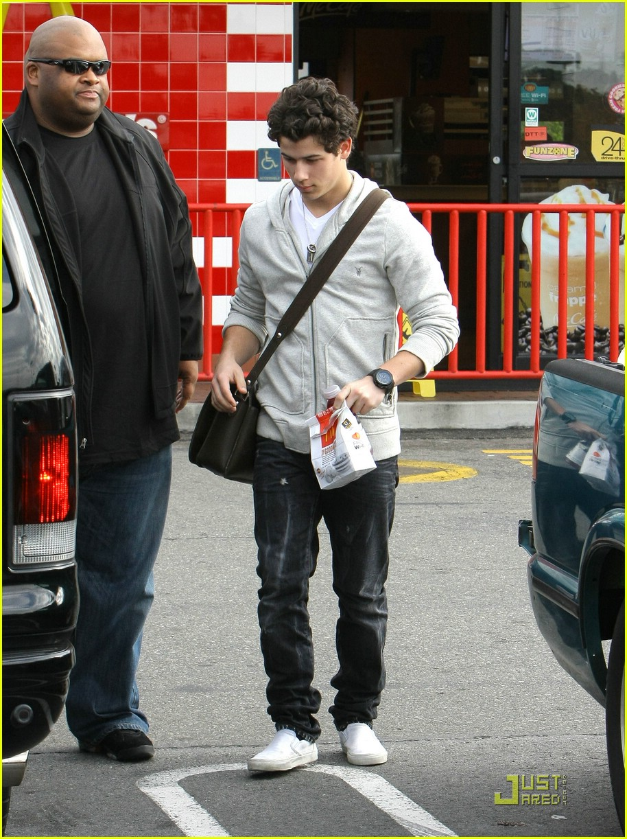 nick jonas mcdonalds 10