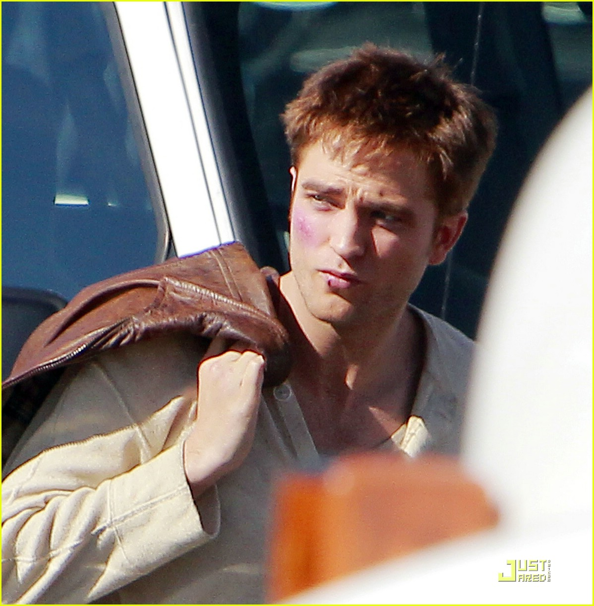 robert pattinson water reshoots 12