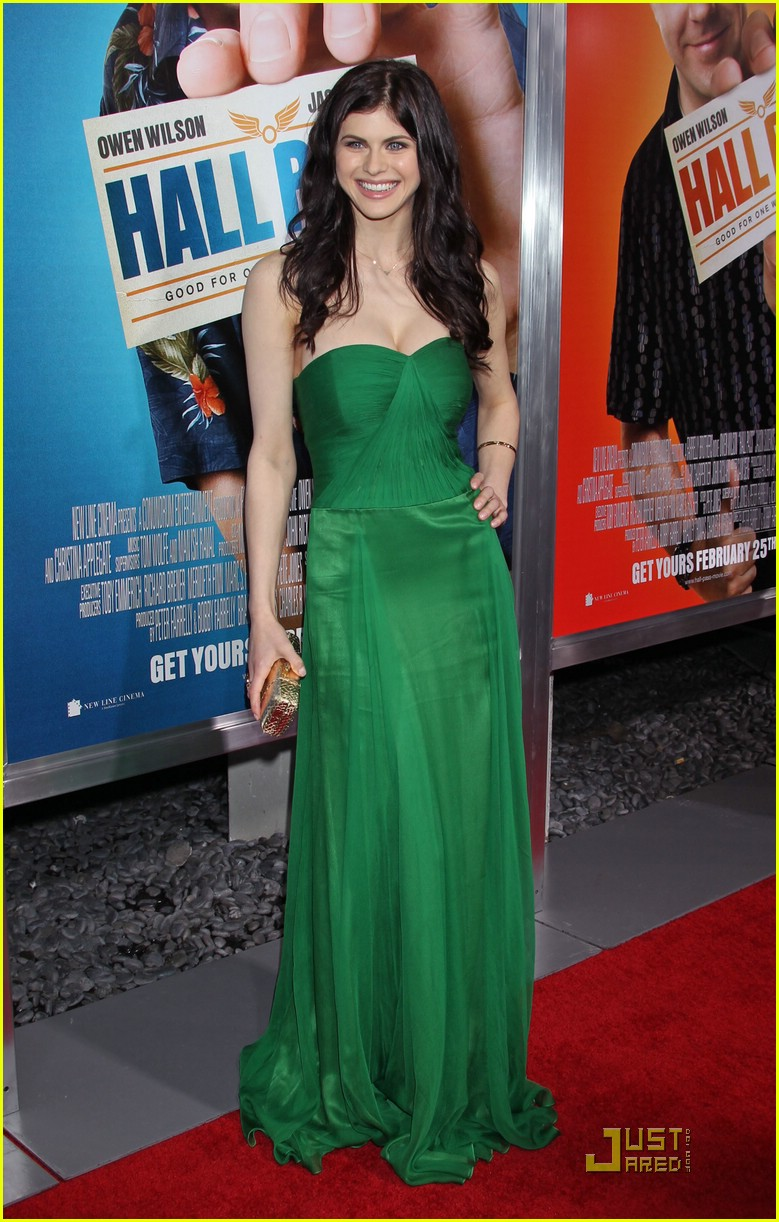 alexandra daddario hp premiere 04