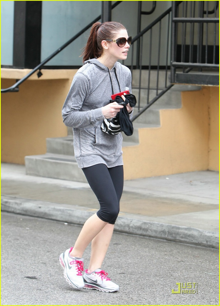 ashley greene rain workout 06