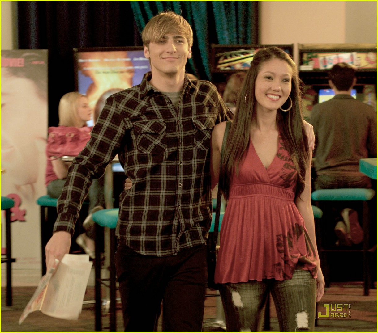 dating rush Jendall (j/o) and (k/endall) is the then start dating again he panics and says that she can be in big time rush's first music video however.