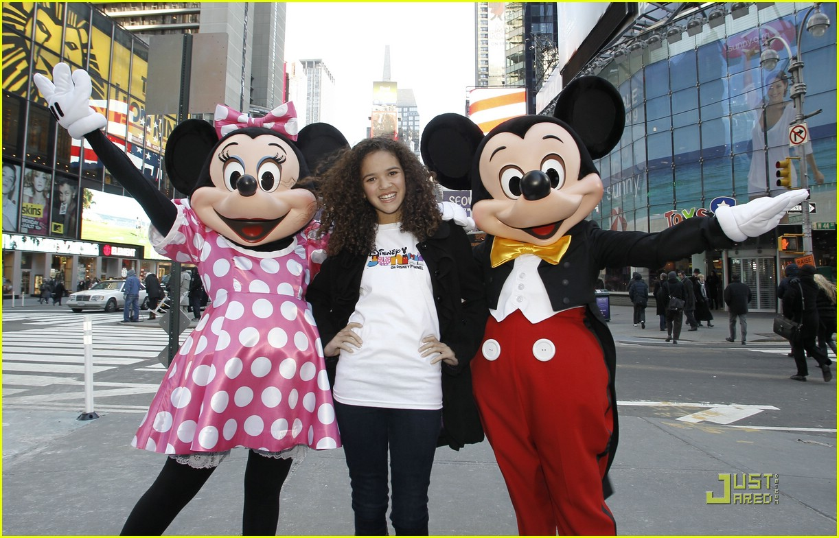 madison pettis mickey minnie 01