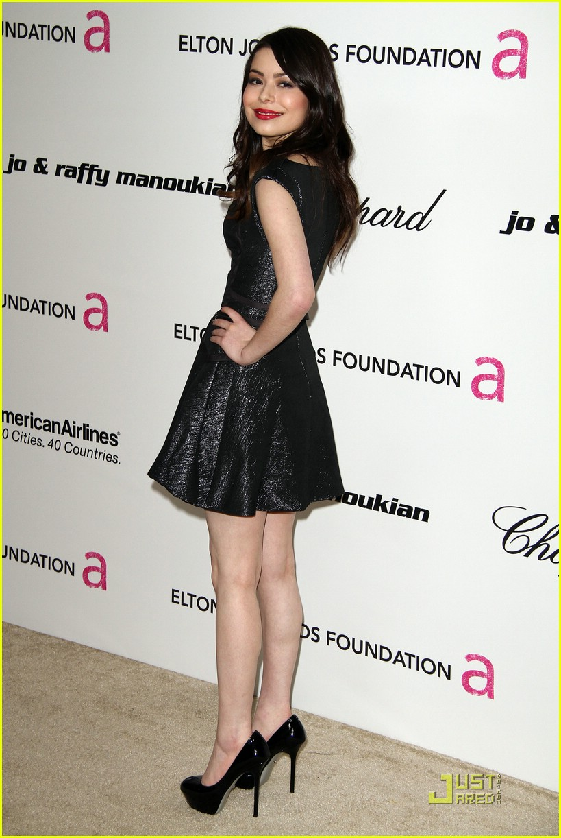 miranda cosgrove ejak party 07