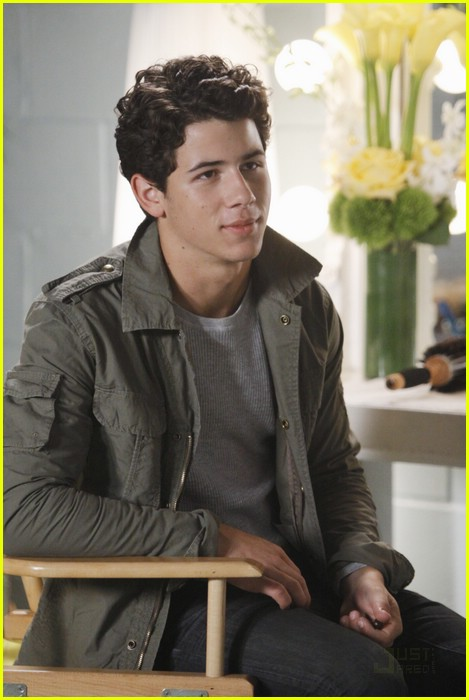 nick jonas mr sunshine 02