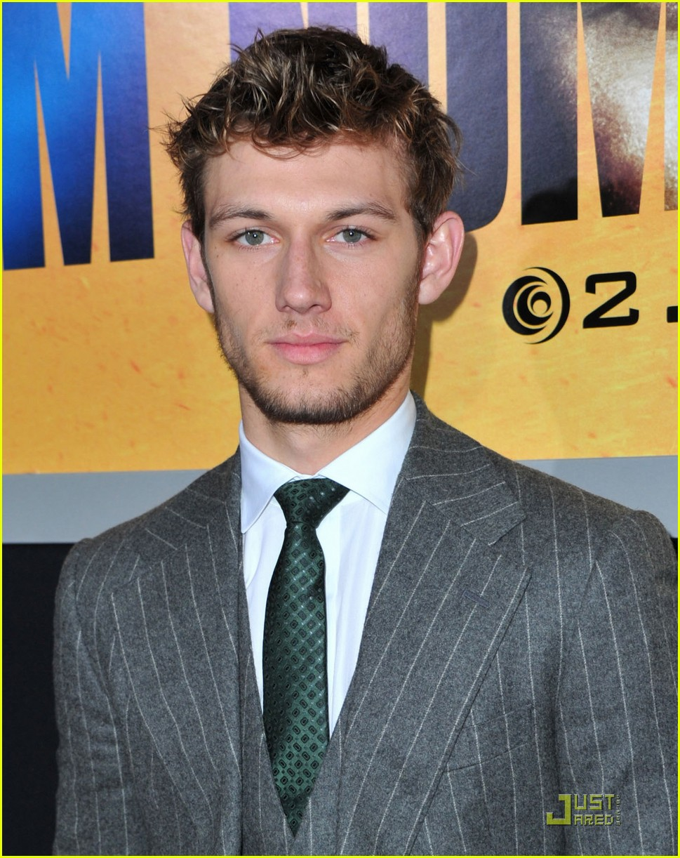 alex pettyfer number four premiere 06