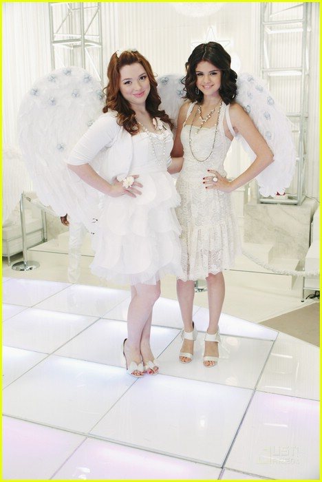 selena gomez jennifer stone angel dance 10