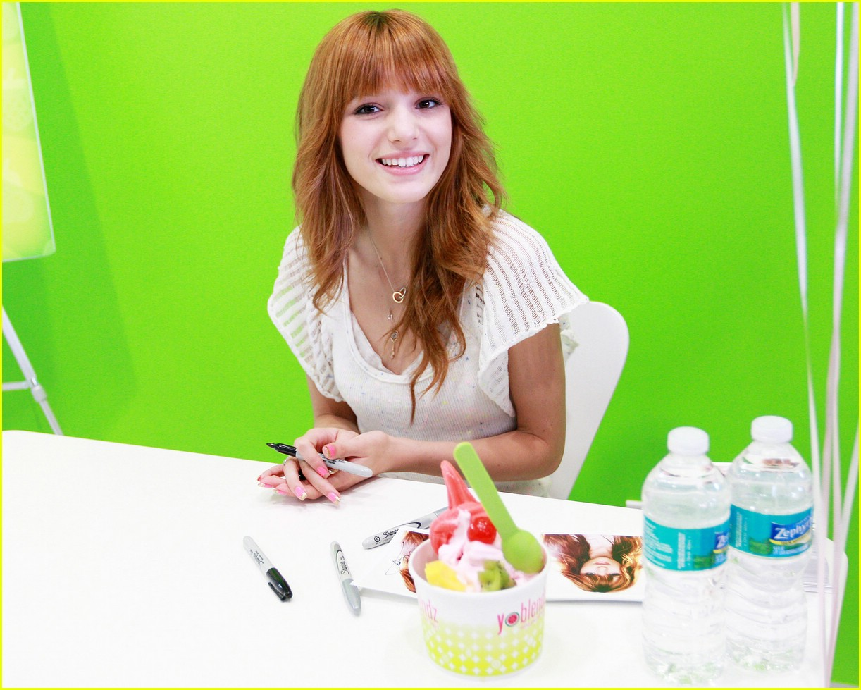 bella thorne yo blendz 01