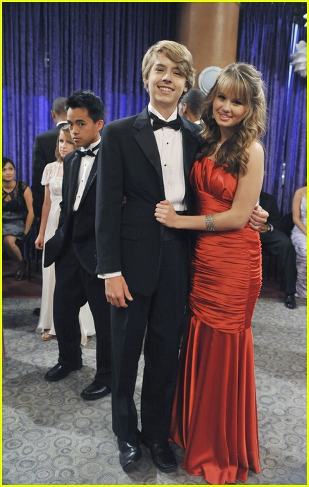 dylan cole sprouse prom night 12