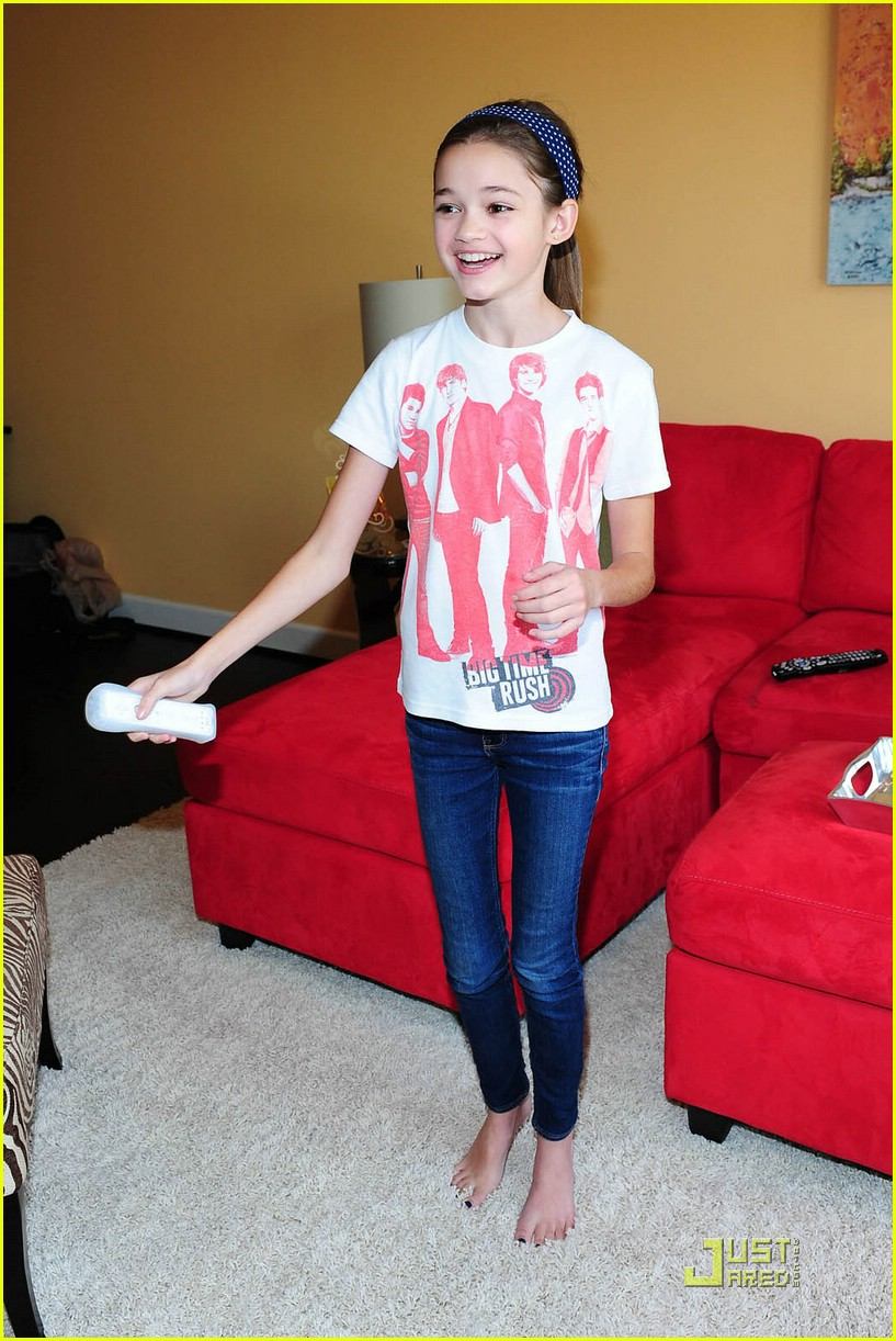 ciara bravo so hot naked
