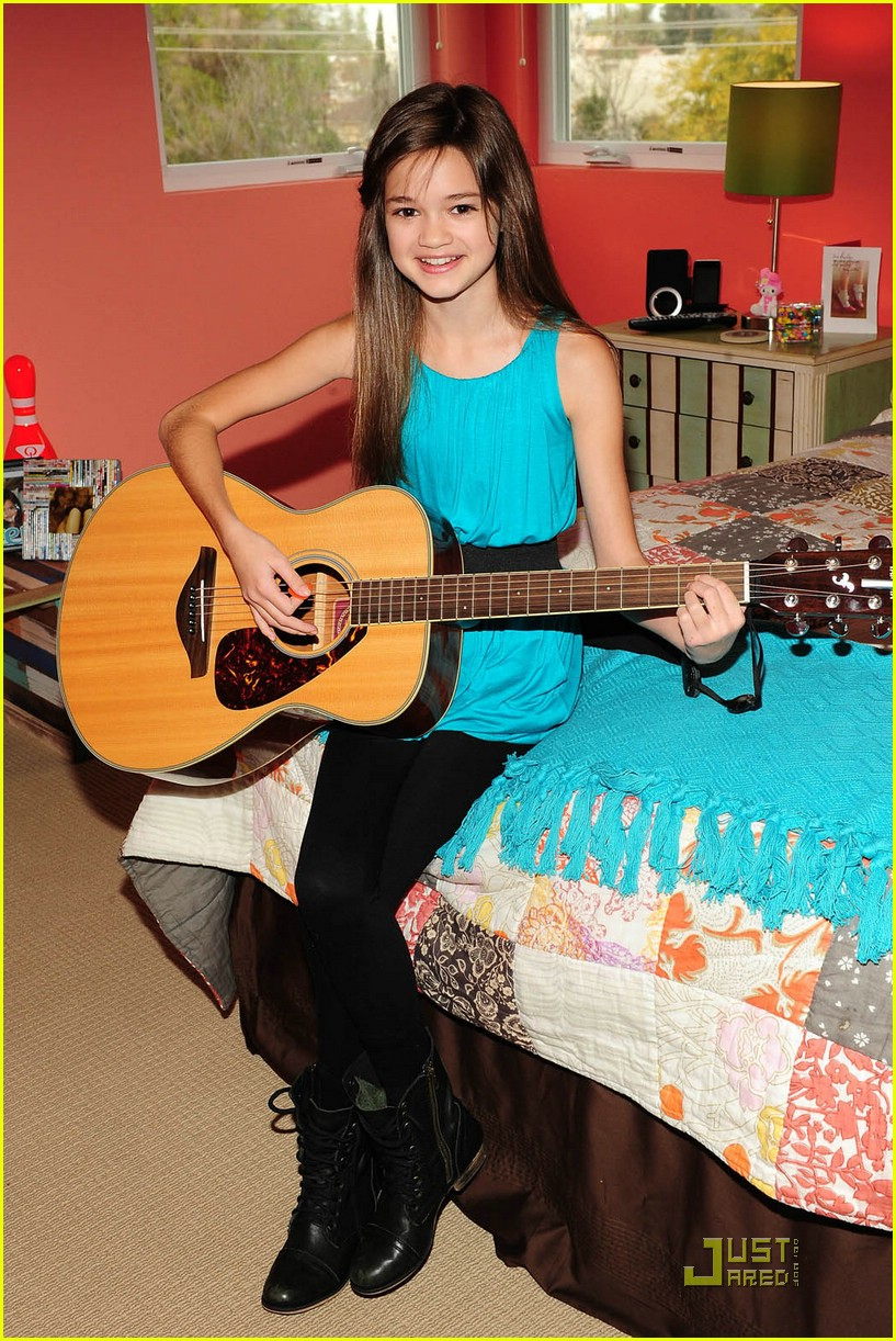 ciara bravo nick cruise 06