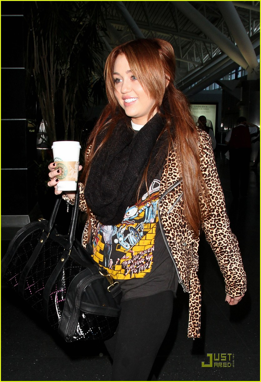 miley cyrus goodbye nyc 03