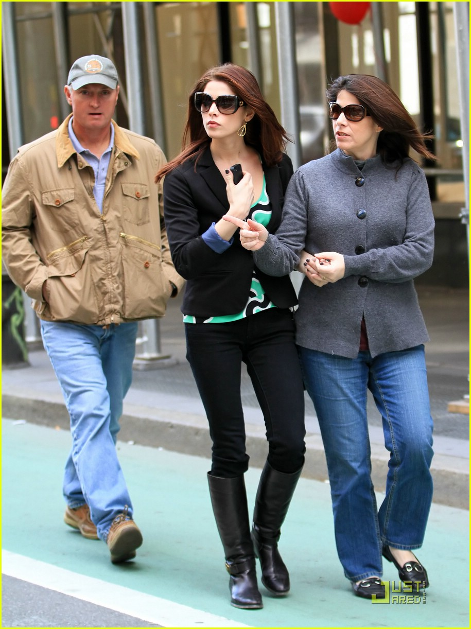 ashley greene parents nyc 11